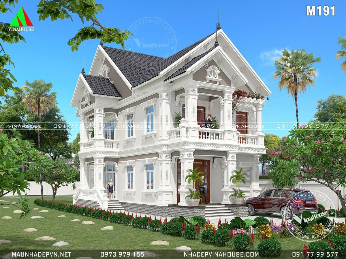 Biệt thự cổ điển mái thái 2 tầng ở Bình Thuận